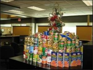 Century 21 M&M Madera, Canned Food Drive